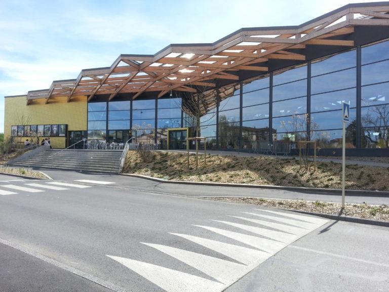 Vue extérieure du Centre culturel Le Singuliers à Belleville